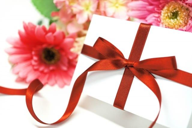 女性に喜ばれる還暦祝いのプレゼント