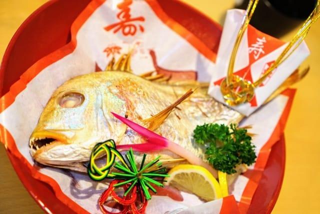 還暦祝いの食べ物としておすすめの祝い鯛