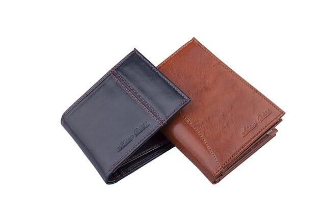 還暦祝いに財布をプレゼント