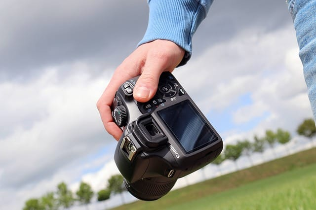 Let your SLR enjoy a new hobby from the 60th birthday