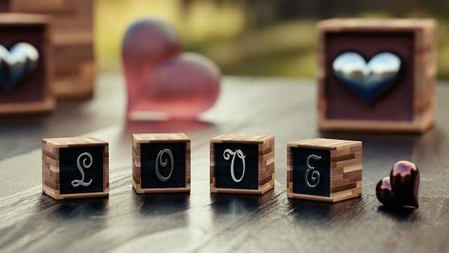 LOVEメッセージのオブジェ