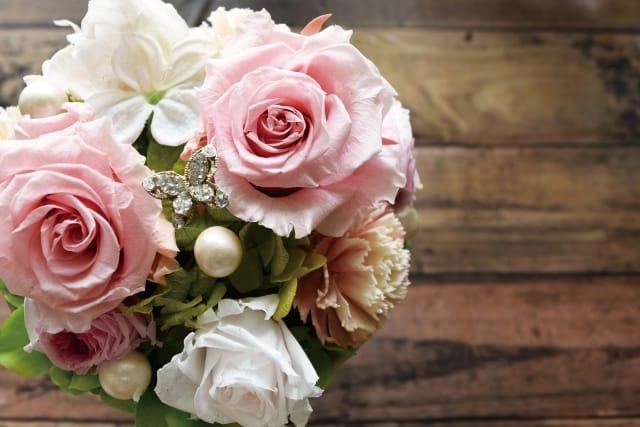 70歳のお祝いのプレゼントにおすすめの花束