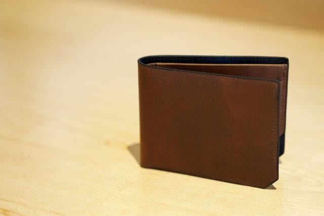 茶色い財布