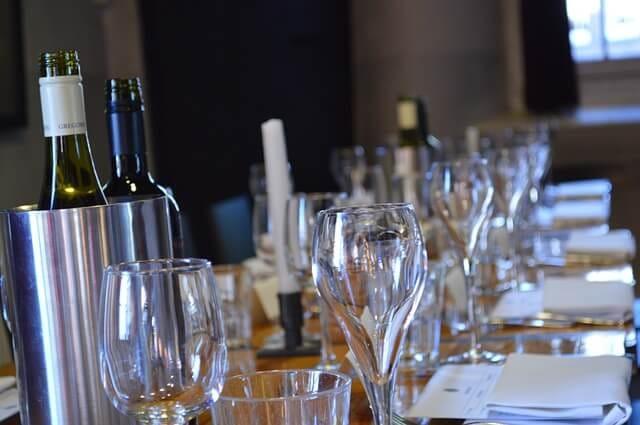 Ποτήρι κρασιού και κρασιού