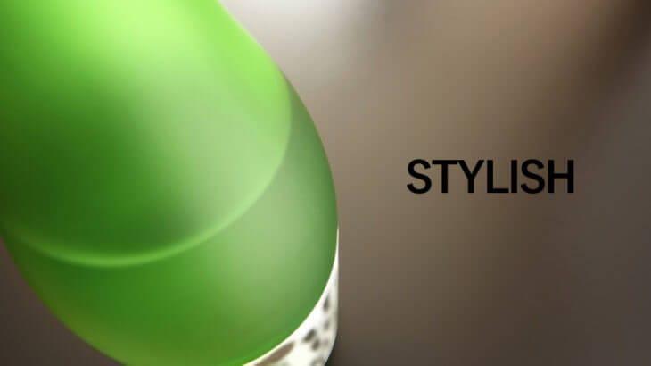 緑色の日本酒の瓶