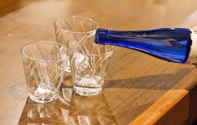 日本酒の開け方講座