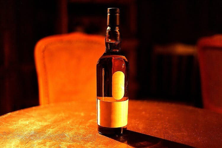酒 瓶 ラベル