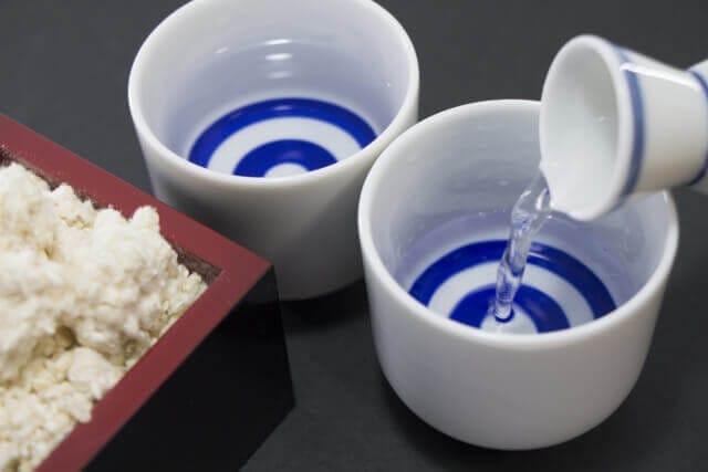 日本酒と微生物