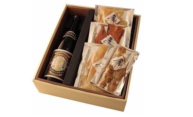 Δώρο Sake Junmai Daiginjo [Echigo Tsurugame] 720ml × Σάλτσα τουρσί λιχουδιότητα 4 είδη που