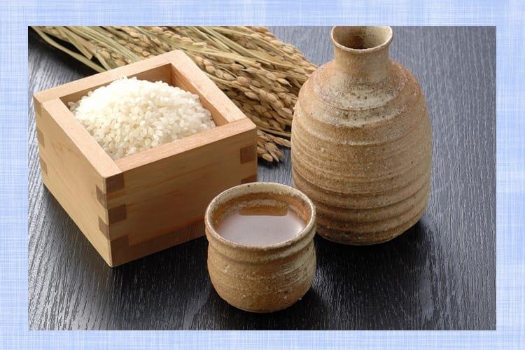 米と徳利とおちょこ
